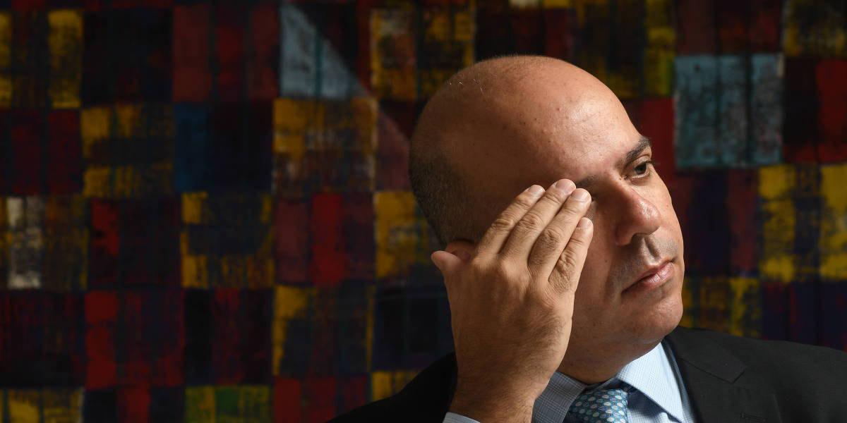Governo avalia desonerar empresas para retomada, indica Carlos da Costa