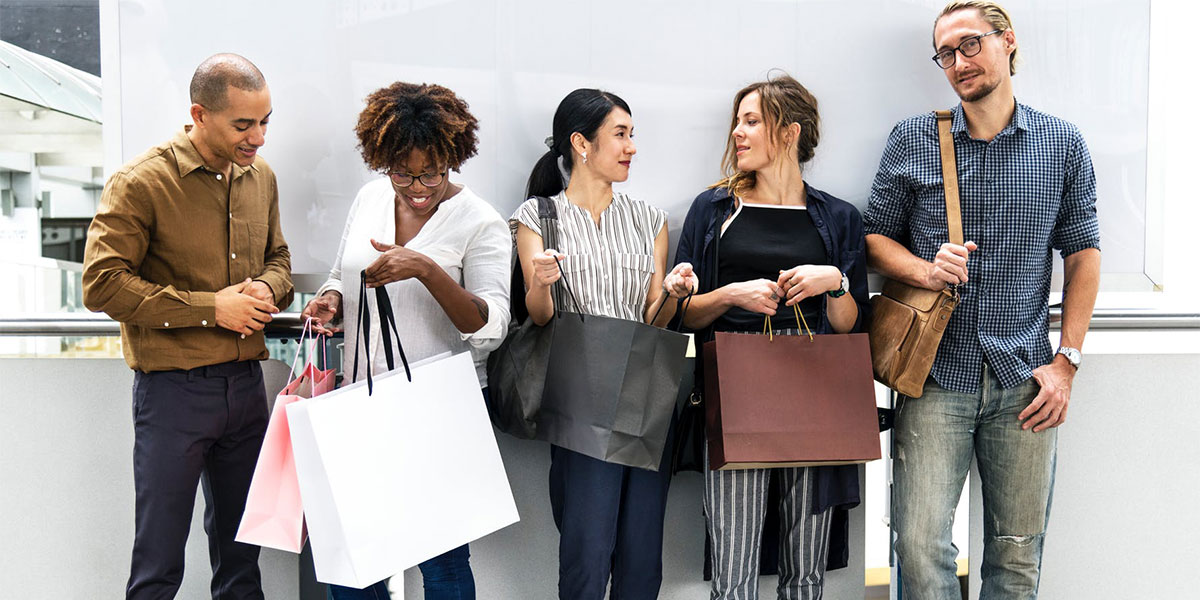 Pesquisa feita com consumidores de 17 países revela que brasileiro é o mais otimista